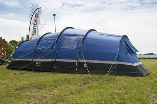 4 person tent exterior