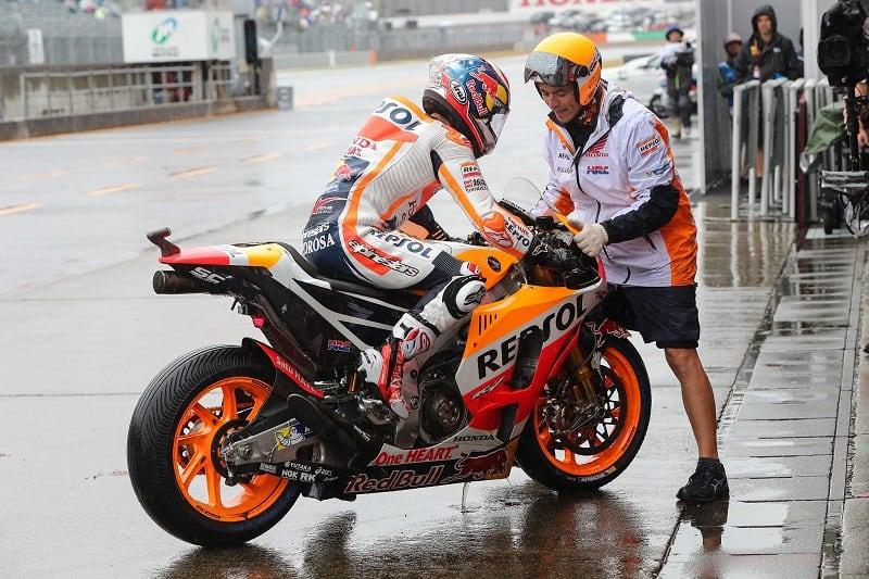Dani Pedrosa at the 2017 Japanese MotoGP wet race