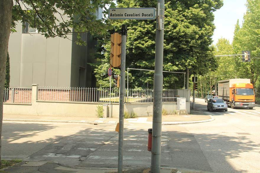 Ducati Street