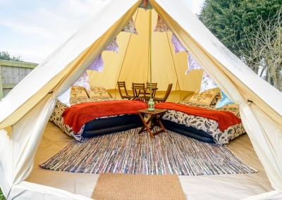 glamping bell tent hire 4 person exterior